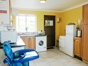 Fully equipped kitchen & High Chair